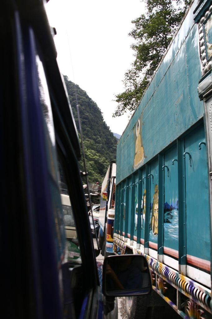 Verkehr,Nepal,Lastwagen