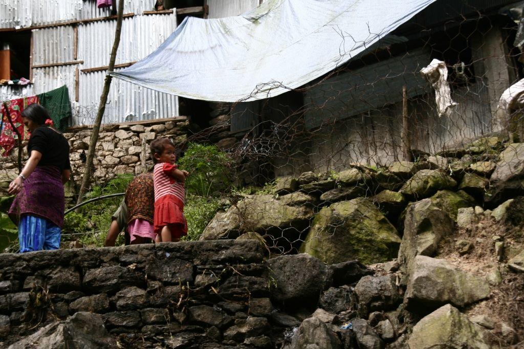 Kinder,Nepal