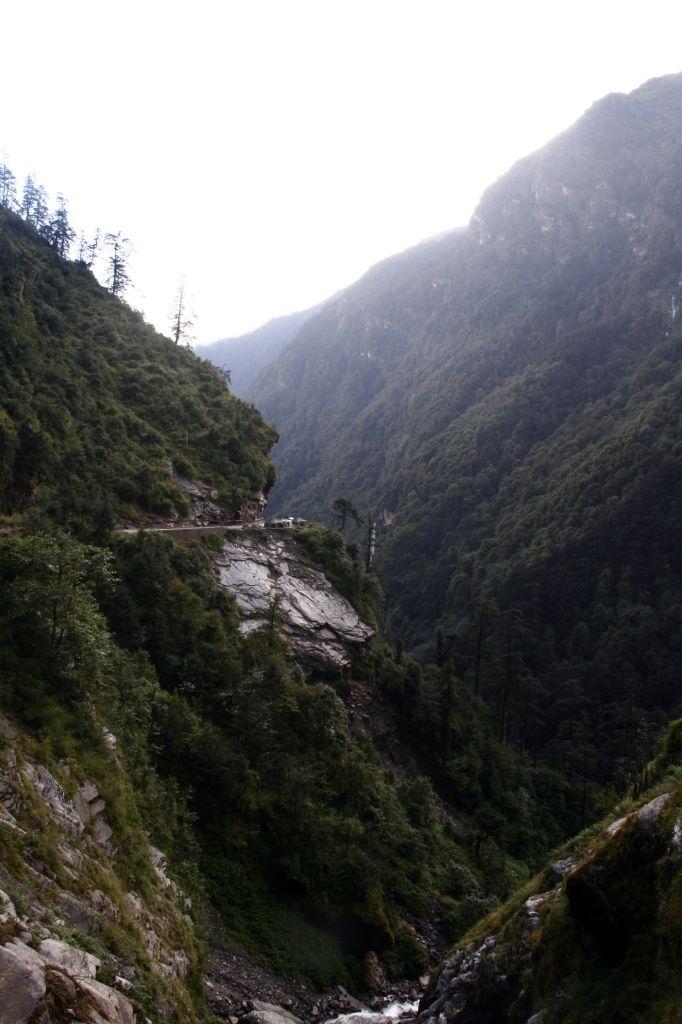 Dangerous Road,Tibet